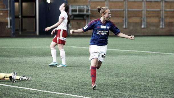 Anne Olsen celebrates her goal | Source: vif-fotball.no