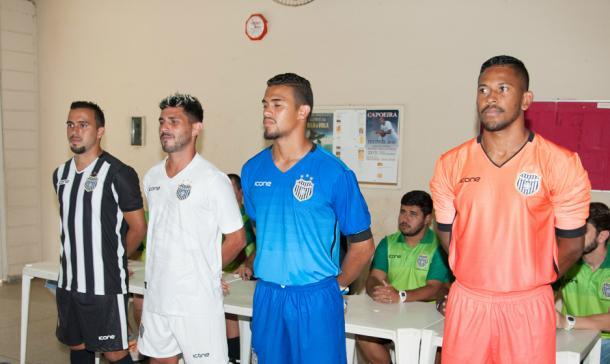 Da esquerda para a direita: Fernandinho, Flávio Meneses, Altenir e Jerfesson (Foto: Sanderson Barbarini/Foco no Esporte)