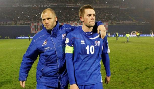 As Gudjohnsen (left) nears retirement and Sigurdsson (right) enters his prime, are Iceland witnessing the changing of the guard? (Photo: VÍSIR/VILHELM)