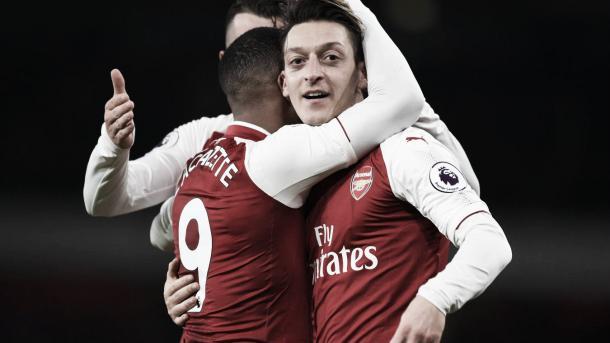Özil y Ramsey fueron las grandes figuras del partido   Foto: Arsenal