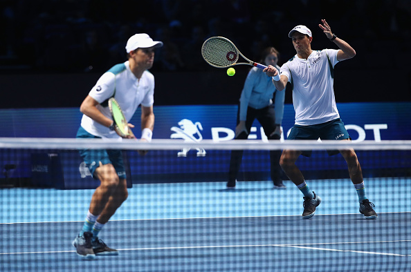 Bob and Mike Bryan in action (Photo: Clive Brunskill/Getty Images)