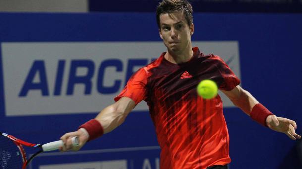 Aljaz Bedene waits to hit a forehand against Vasek Pospisil (Photo: ATP World Tour)