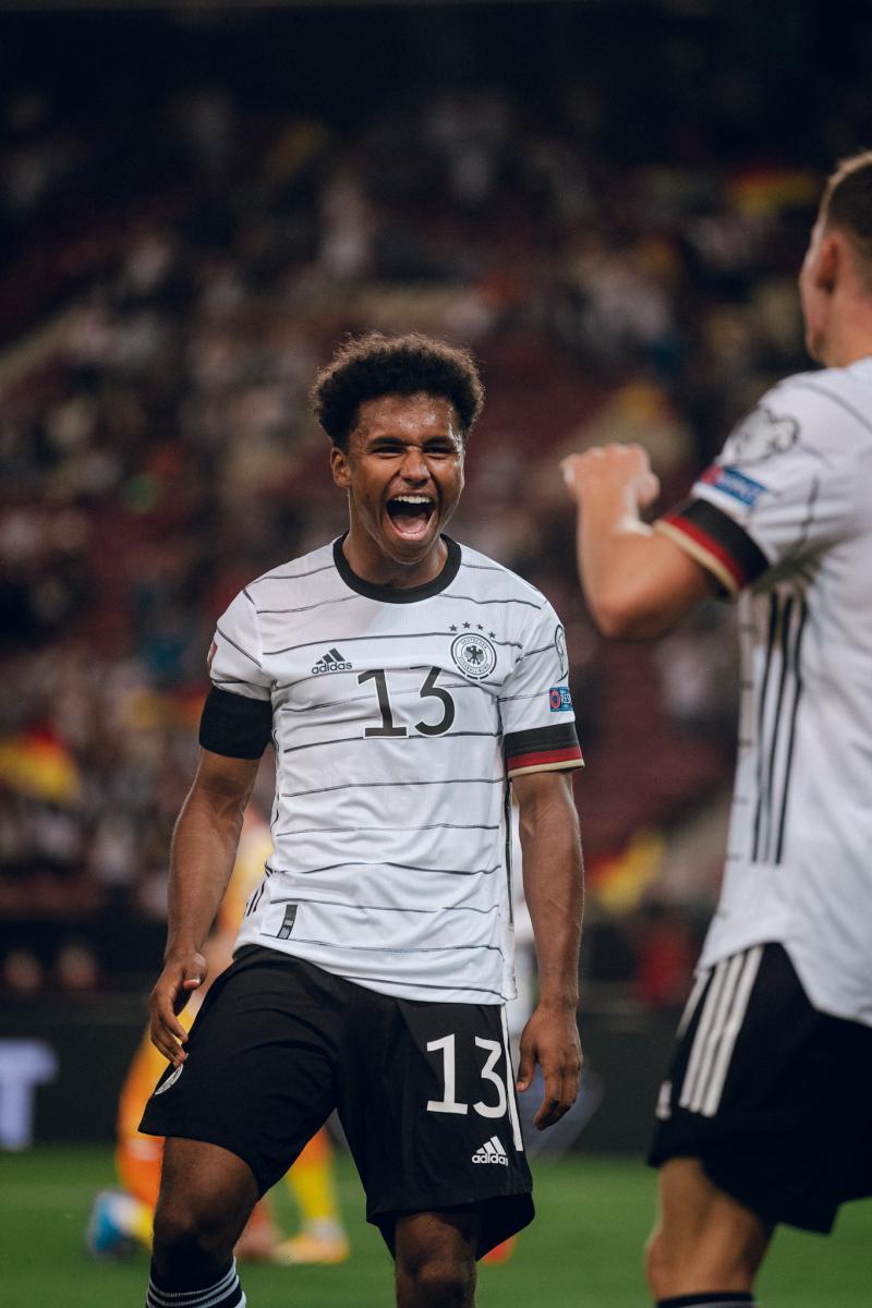 Partido inolvidable para Adeyemi. FOTO / @DFB_Team