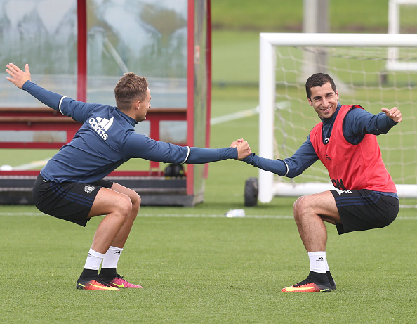 Mkhitaryan in training with Adnan Januzaj | Photo: John Peters/Man Utd