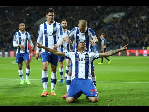 Soares e André Silva fizeram 2 golos cada um esta noite | Foto: Site Oficial FC Porto