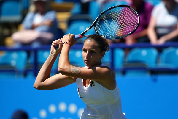 Karolina Pliskova hits a backhand | Photo: Charlie Crowhurst/Getty Images Europe