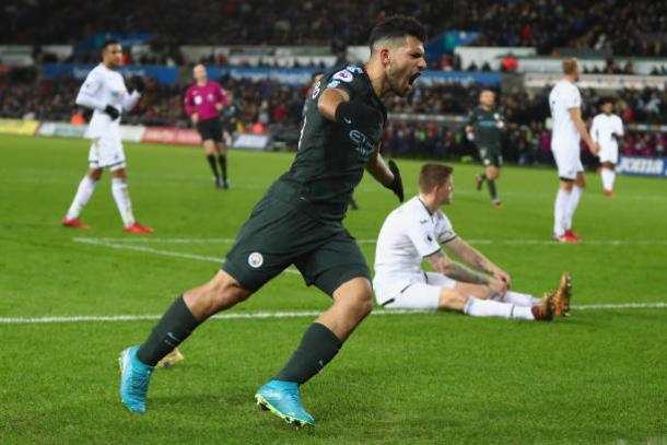 Artilheiro do City na PL com 10 gols, Agüero é a grande esperança de gols (Foto: Michael Steele/Getty Images)