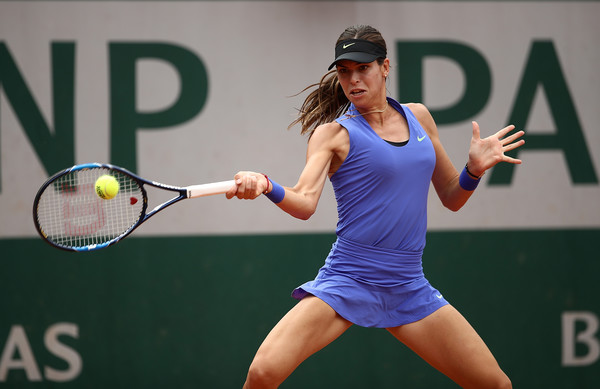 Ajla Tomljanovic in action | Photo: Julian Finney/Getty Images Europe