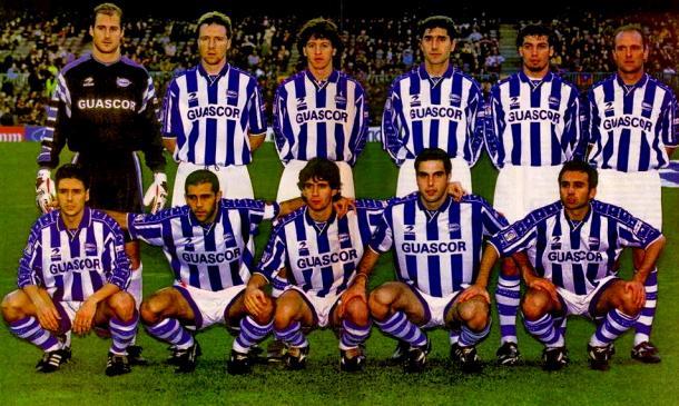 Equipo del Deportivo Alavés, en Mendizorroza. Fuente: equiposdefutbol2.blogspot.es
