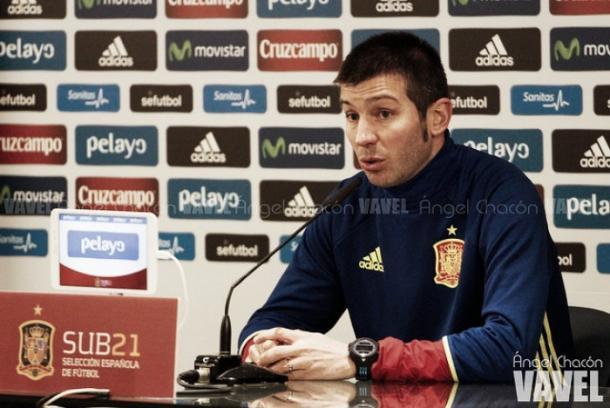 Albert Celades técnico sub-21 | Foto: Ángel Chacón - VAVEL