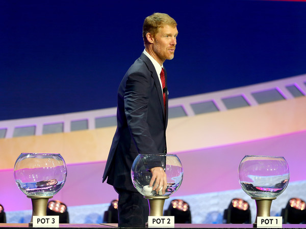 Lalas drawing from the final pot of nations, Pot 2, at the Hammerstein Ballroom Sunday night (Photo: Getty Images).