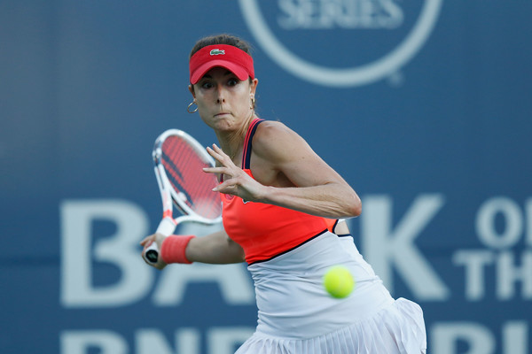 Alize Cornet in action at the Bank of the West Classic | Photo: Lachlan Cunningham/Getty Images North America