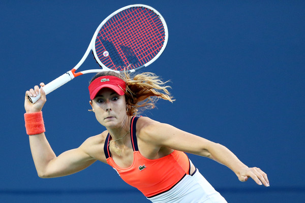 Alize Cornet in action at the Connecticut Open | Photo: Maddie Meyer/Getty Images North America
