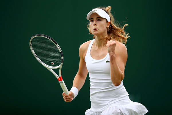 Alize Cornet celebrates winning a point | Photo: Clive Brunskill/Getty Images Europe
