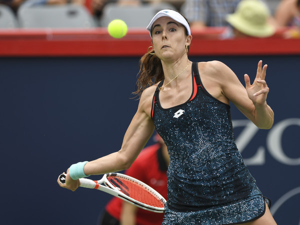 Alize Cornet in action during her huge win over Kerber | Photo: Minas Panagiotakis/Getty Images North America