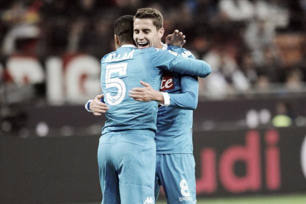 """Adeus aos """"brucutus"""": Allan, Jorginho e Hamsík deram muita qualidade ao meio-campo (Foto: Divulgação/Napoli)"""