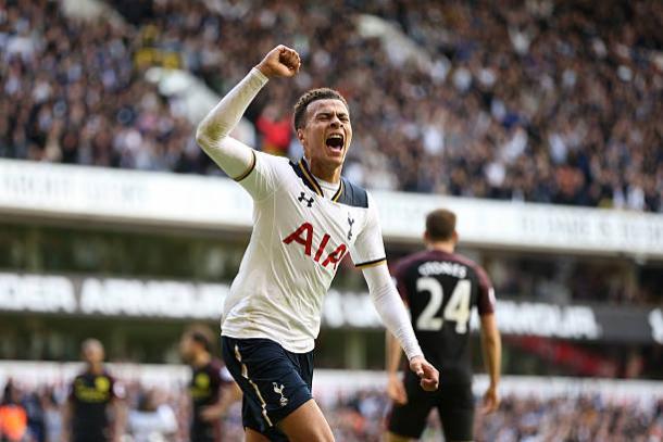 Dele Alli fez um dos gols na vitória do Tottenham na última temporada (Foto: Rob Newell/CameraSport/Getty Images)