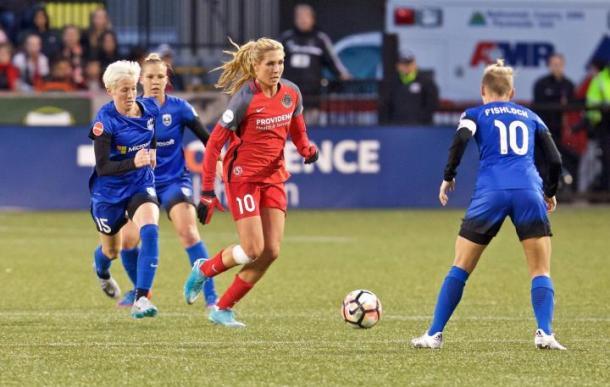 Allie Long vs Seattle Reign | Photo: stumpfooty.com