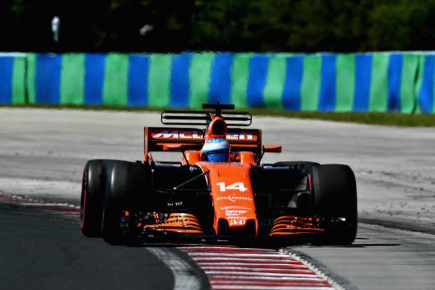 Fernando Alonso foi um dos grandes destaques da prova, em sexto (Foto: Dan Mullan/Getty Images)