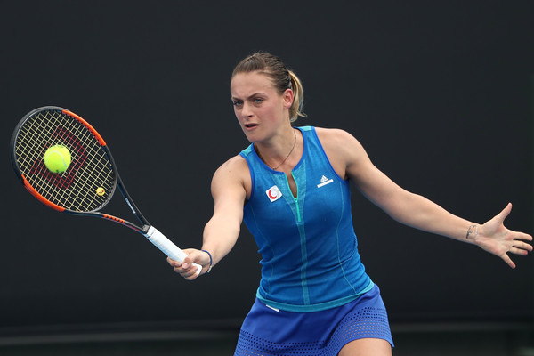 Ana Bogdan in action   Photo: Scott Barbour/Getty Images AsiaPac
