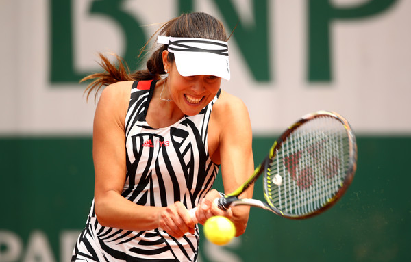 Ivanovic hits a backhand in Paris. Photo: Clive Brunskill/Getty Images