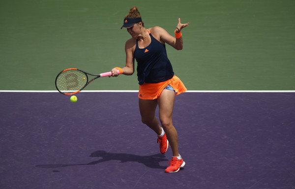 Anastasia Pavlyuchenkova in action at the Miami Open | Photo: Julian Finney/Getty Images North America