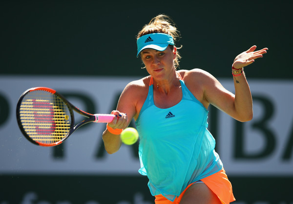 Anastasia Pavlyuchenkova hits a forehand | Photo: Clive Brunskill/Getty Images North America