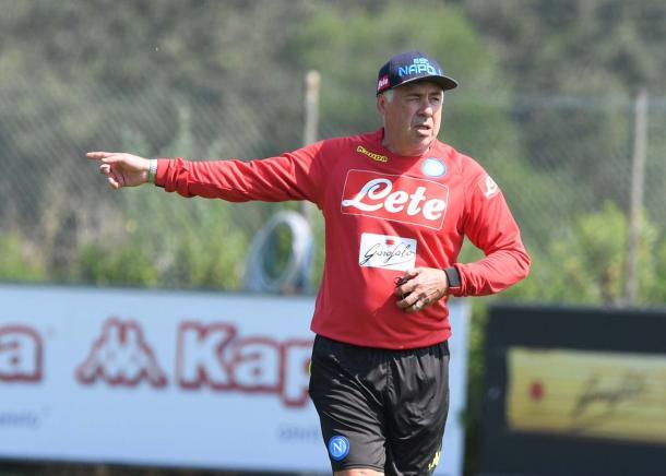 Ancelotti tem grandes desafios nessa temporada (Foto: Divulgação/SSC Napoli)