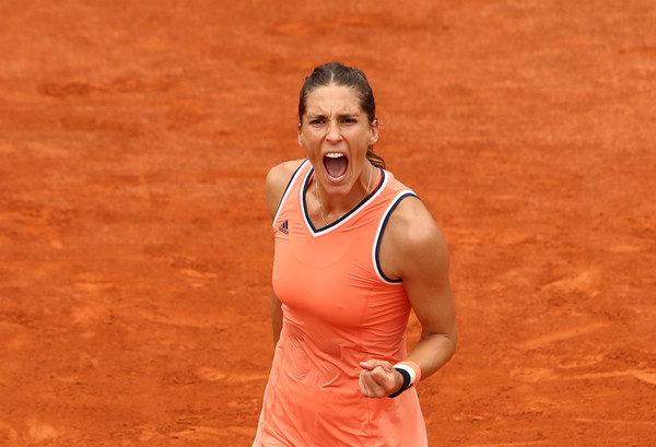 Andrea Petkovic celebrates her win | Photo: Cameron Spencer/Getty Images Europe