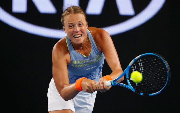 Anett Kontaveit in action at the Australian Open | Photo: Scott Barbour/Getty Images AsiaPac