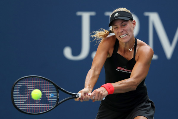 Angelique Kerber overcame a slow start and fired on all cylinders | Photo: Elsa/Getty Images North America