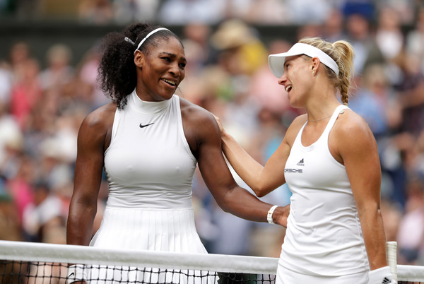 Serena Williams and Angelique Kerber meet at the net after their encounter in 2016 | Photo: Pool/Getty Images Europe
