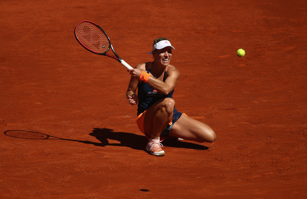 Angelique Kerber came into the match firing | Photo: Julian Finney/Getty Images Europe