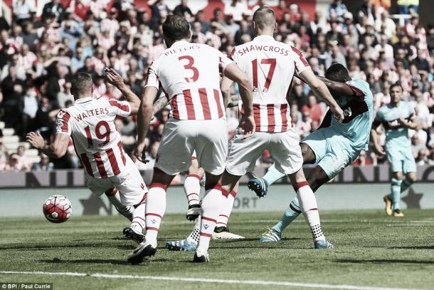 Above: Michail Antonio strikes home West Ham's only goal in their 2-1 defeat to Stoke City | Photo: BPI / Paul Currie