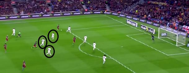 Modric, Casemiro y Kroos apoyando a la zaga merengue