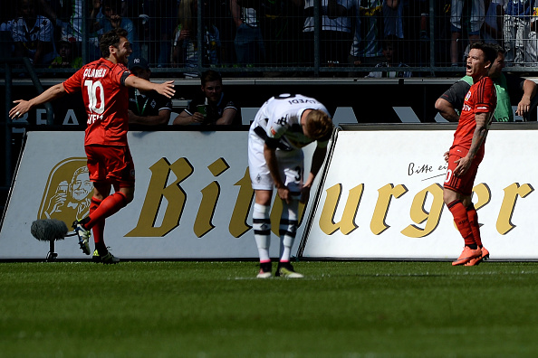 Aranguiz celebrates Leverkusen goal | Photo: Bongarts | Steinbach