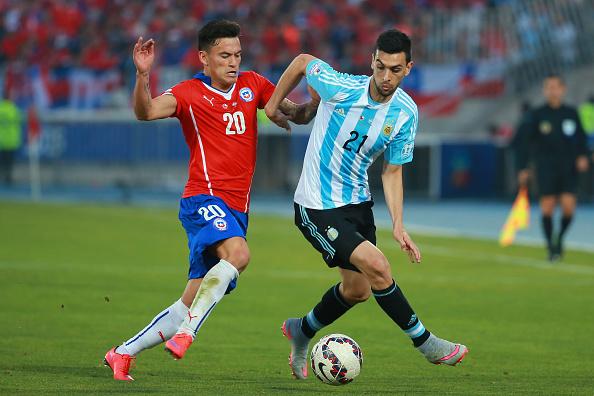 Aranguiz in Copa America 2015 action | Photo: Hector Vivas/STR