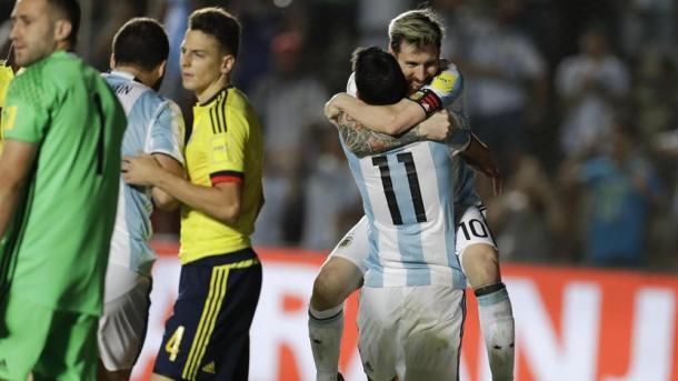 Messi e Di Maria esultano dopo il gol del 3-0 (Fonte foto: La Repubblica)