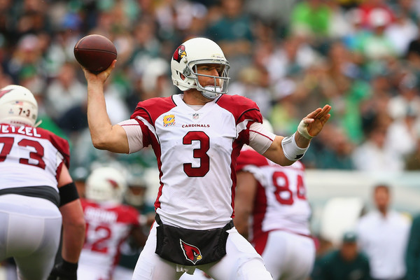 Quarterbak Carson Palmer #3 of the Arizona Cardinals looks to pass againt the Philadelphia Eagles. |Source: Mitchell Leff/Getty Images North America|