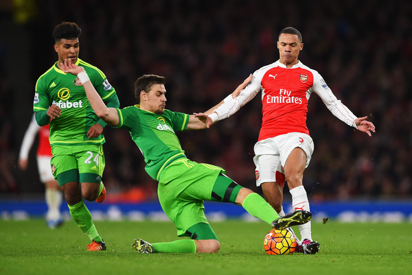 Sebastian Coates took positives from the defeat at Arsenal. (Photo: Zimbio)