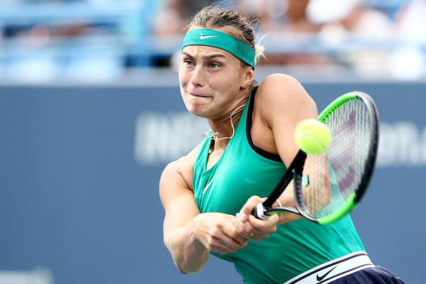 Aryna Sabalenka in action during the final | Photo: Maddie Meyer/Getty Images North America
