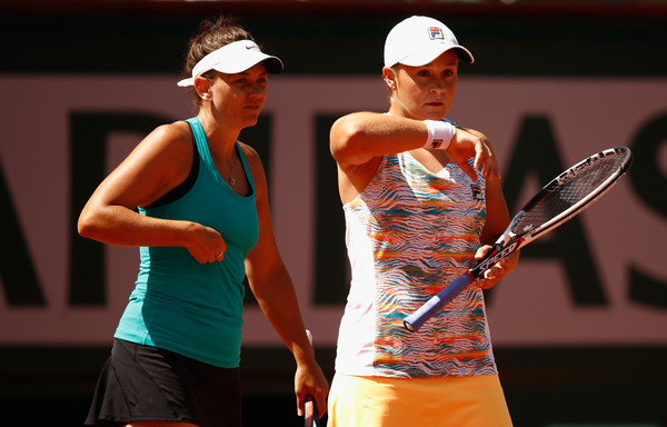 Barty and Dellacqua in action at the French Open, where they reached the final | Photo: Adam Pretty/Getty Images Europe