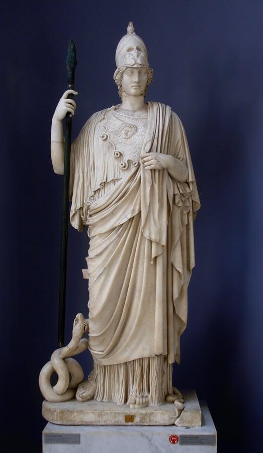 Athena Giustiniani de los Museos Vaticanos. Fotografía de es.wikipedia.org