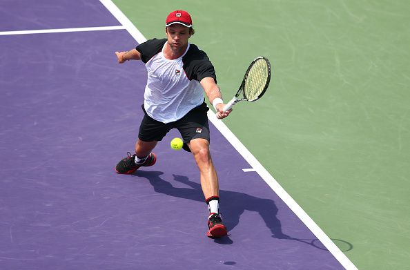 Horacio Zeballos plays a forehand against David Goffin in their fourth round match during the Miami Open (Photo:Clive Brunskill/Getty Images)