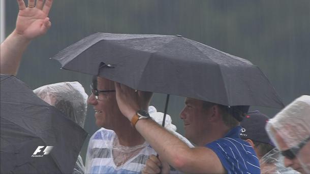 A chuva chegou e pôs fim ao Q2 de forma precoce (Foto: Divulgação/F1)