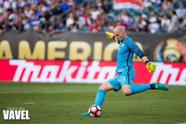 Brad Guzan is the first USMNT goalkeeper to record two consecutive clean sheets in an international tournament outside of the Gold Cup in the modern era. Photo provided by VAVEL.