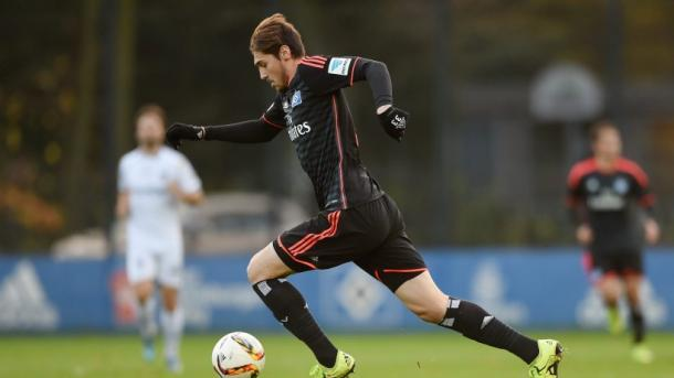 Altintas in action during a friendly for HSV. | Image source: Hamburger Abendblatt