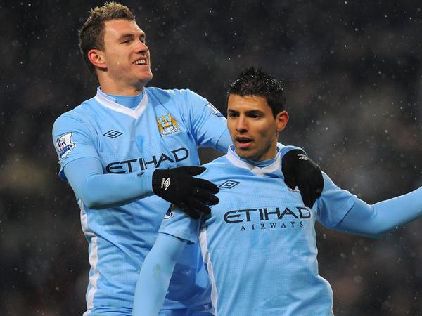 Dzeko y Agüero compusieron la delantera del técnico chileno / FOTO: Manchester City