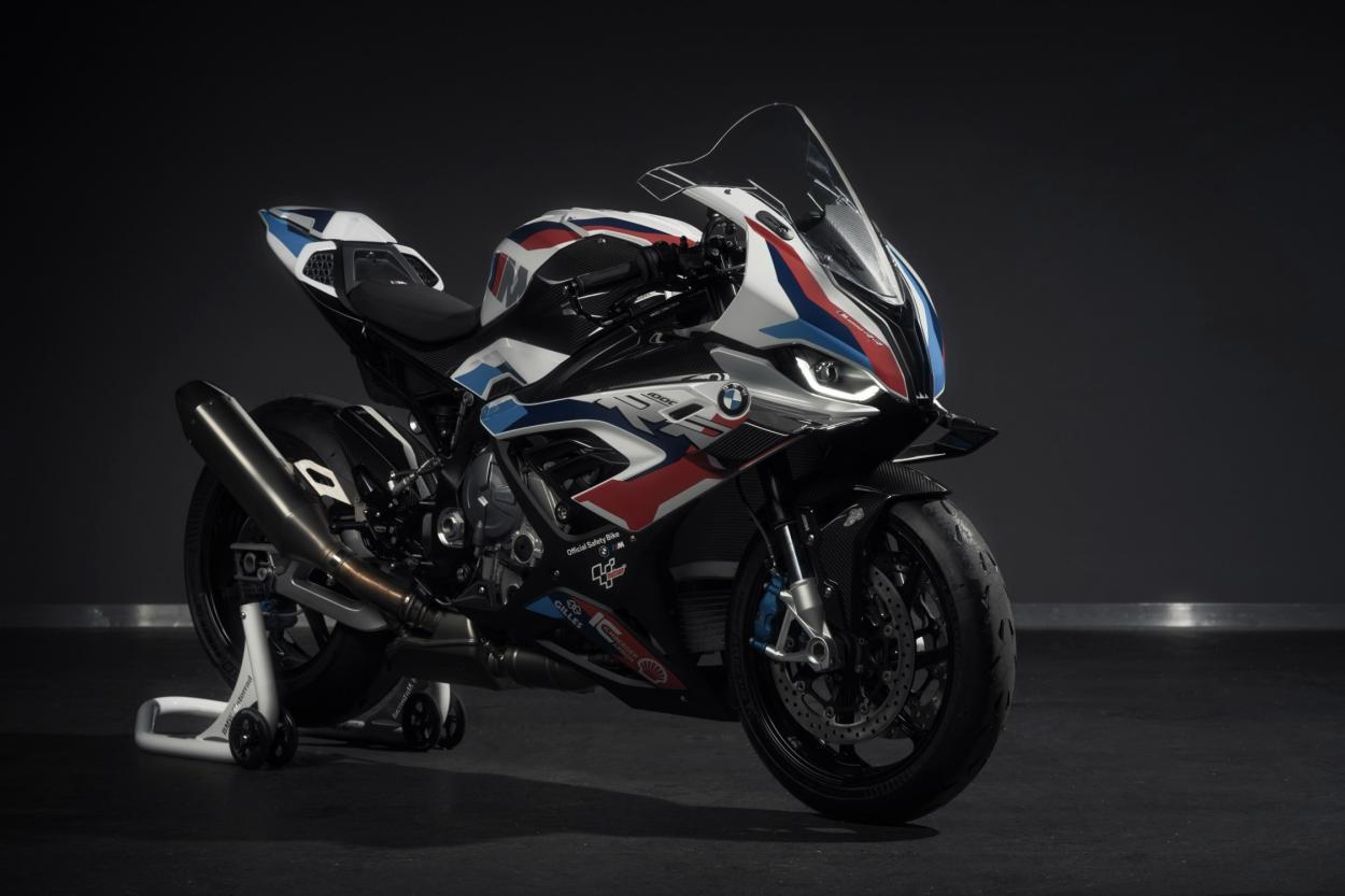 Pies de foto > La nueva BMW M 1000 RR Safety Bike | Foto: BMW GROUP