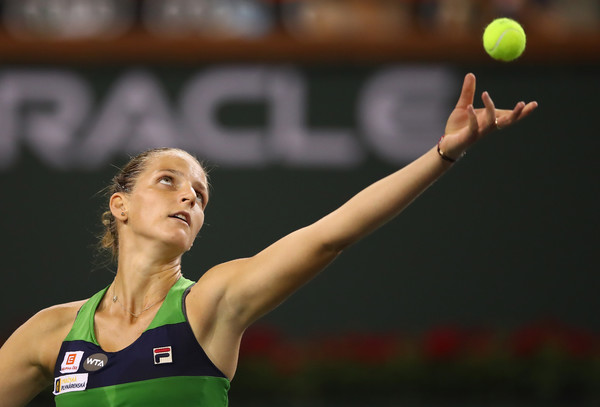 Karolina Pliskova served an ace to close out the first set   Photo: Clive Brunskill/Getty Images North America